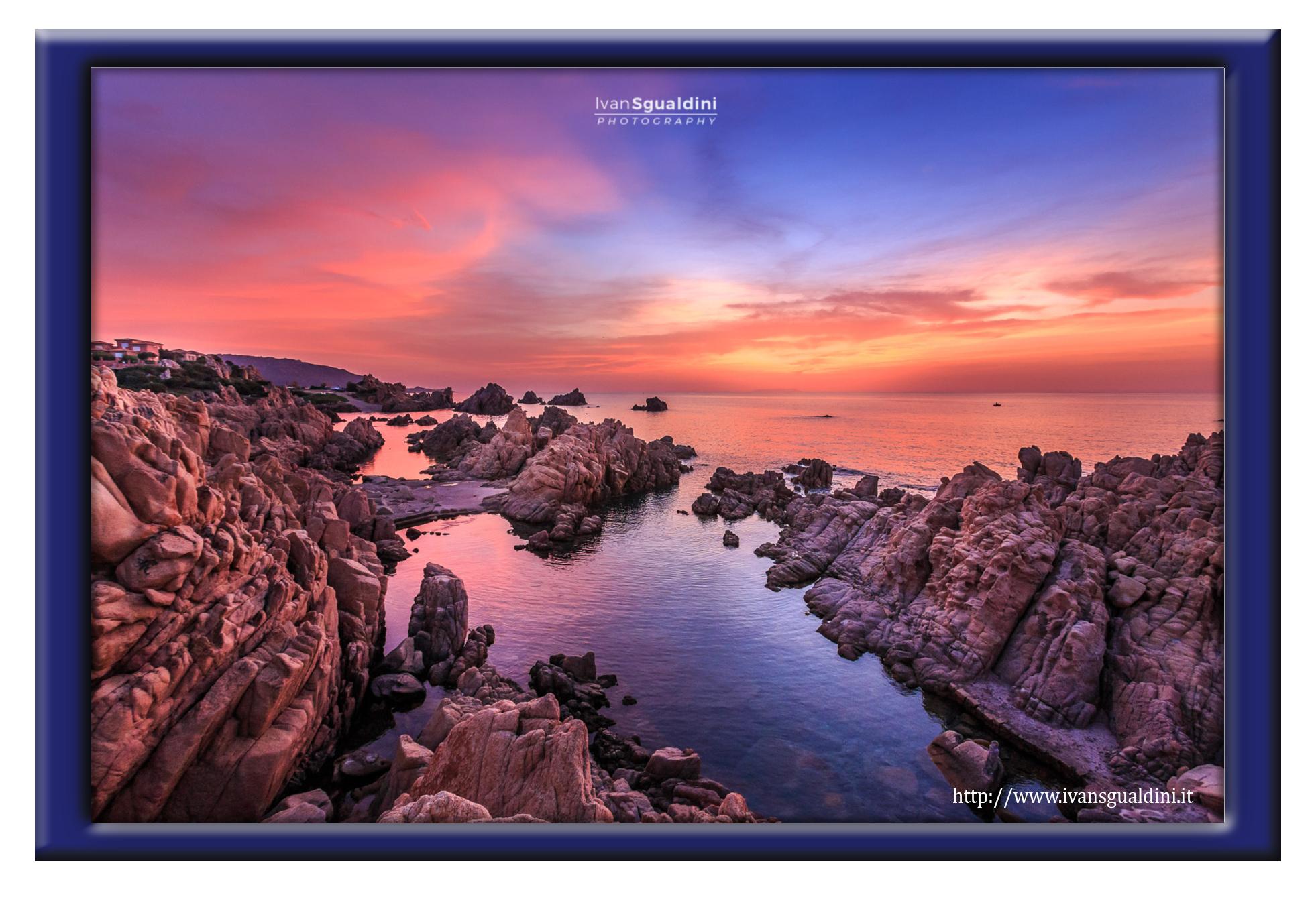 Ivan Sgualdini - Li baietti al tramonto con cornice blu